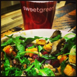 Hearty salads and delicious iced tea from Sweetgreen